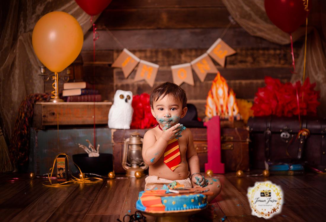 cake smash photographer, calgary, best baby photographer
